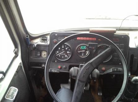 Фото кабины, унифицированной со старшими моделями прошлых лет