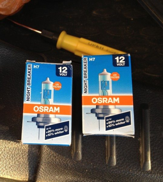 Лампа ближнего света на Фокус 3 компании Осрам – наилучший вариант, устанавливаемый и на заводе