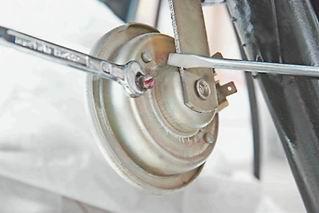 Регулировочный винт звукового сигнала мотоцикла